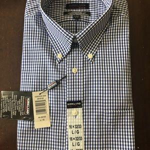 Mens Blue/White Check Shirt. NEW Large 16- 32/33